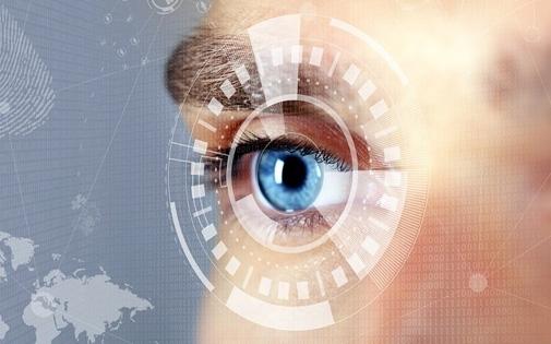 Akıllı Lens Nedir? Kimlere Takılır?